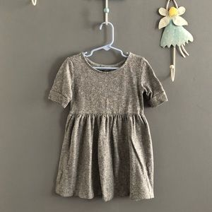 👯‍♀️$4 IF BUNDLE. Girl dress